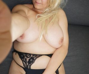 I just love Big Boobs Arousr.com because you get to chat with girls like Melissa